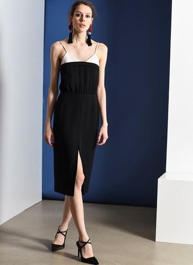 Zeynep Ökmen Deri Detaylı Önden Yırtmaçlı Krep Elbise Siyah